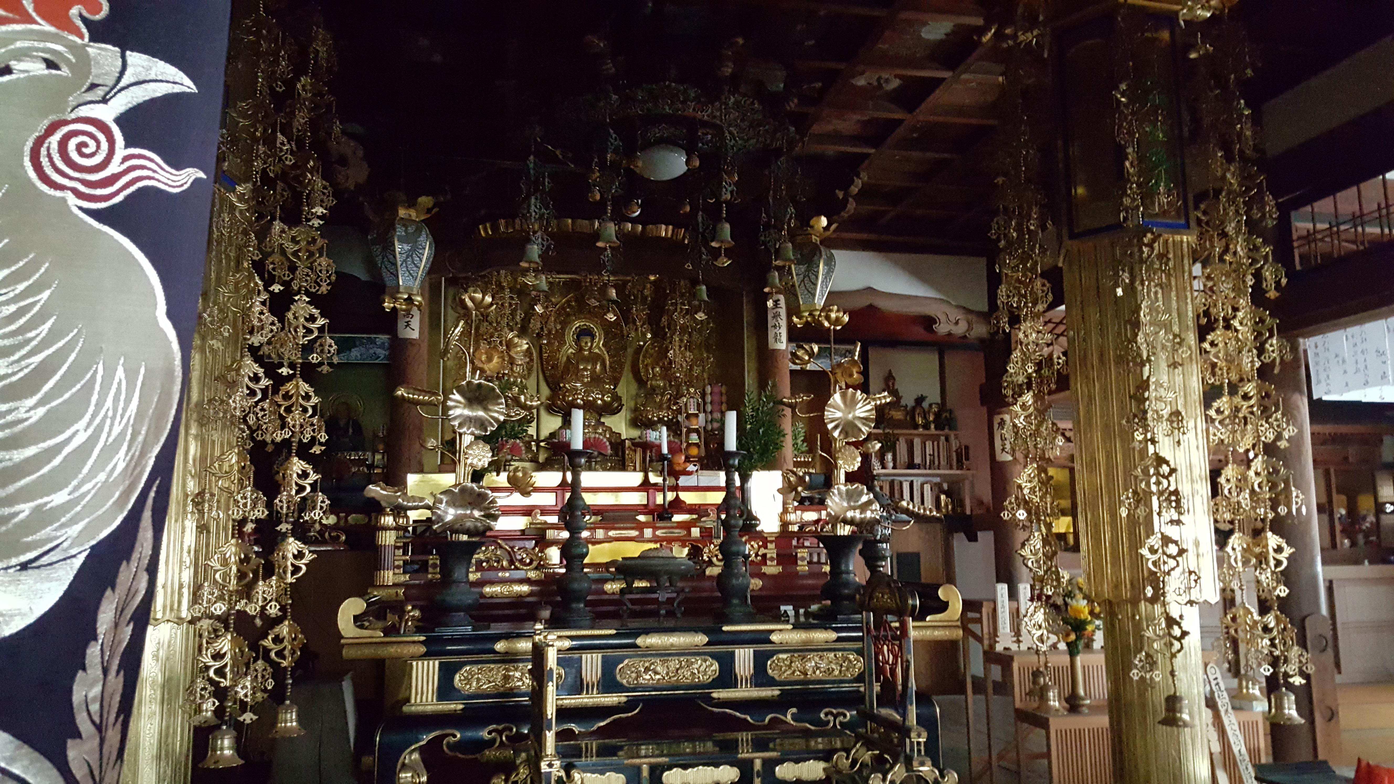 願心寺本堂1